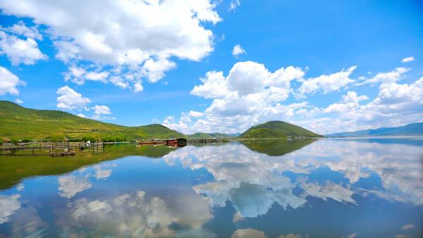 白班机直飞泸沽湖4天3晚半自由行旅游价格