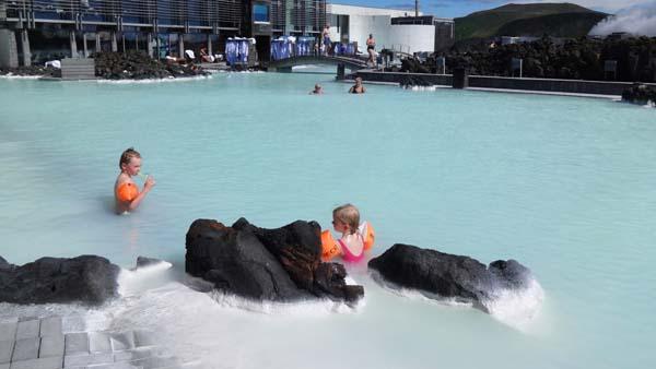 芬航直飞北欧冰岛深度+芬兰9天旅游报价遇见极光(斯奈山+杰古沙龙湖+瓦特纳冰川+蓝湖温泉)
