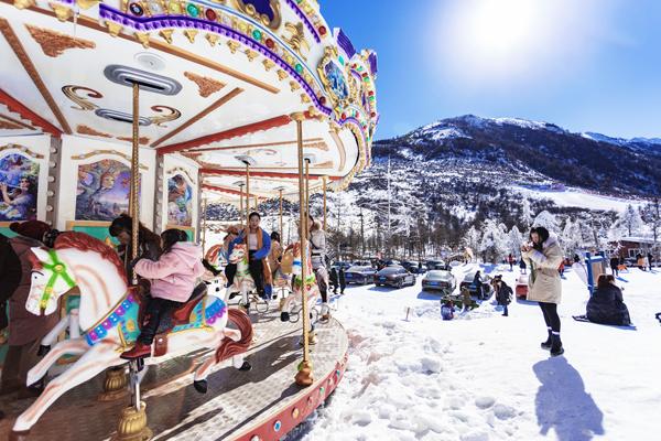 冬季鹧鸪山轻奢品质滑雪双汽三yabo亚博官网(头等舱VIP精品小团)